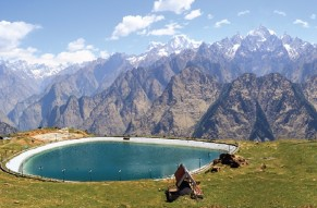 Majestic Hills of the Himalayas-A Tour of Auli from Delhi