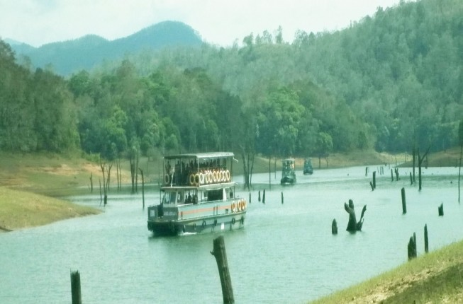 Abad Hotels Tour Packages, Kerala