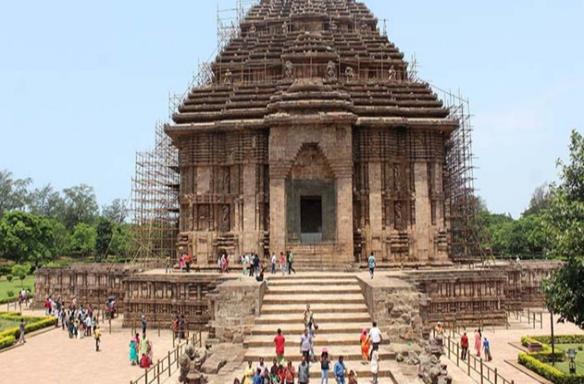 Full Day Bhubaneshwar Tour of Temples and Caves