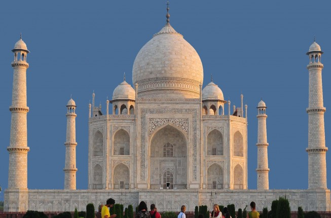 7-Days Golden Triangle with Ranthambore and Pushkar Tour includes accommodation with Vehicle