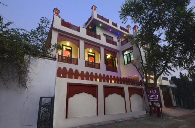 3 Days Taj Mahal Tour with Yoga and Meditation Retreat