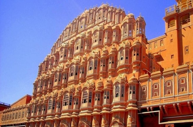 Amazing Jaipur Day trip from Delhi by Private Vehicle and Guide