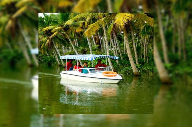 Poovar Backwater Cruise