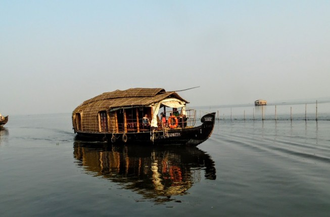 Amazing houseboat cruise in the Backwaters of Kerala