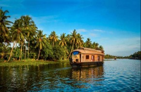Special Kerala Honeymoon Package Tour with AC Houseboat